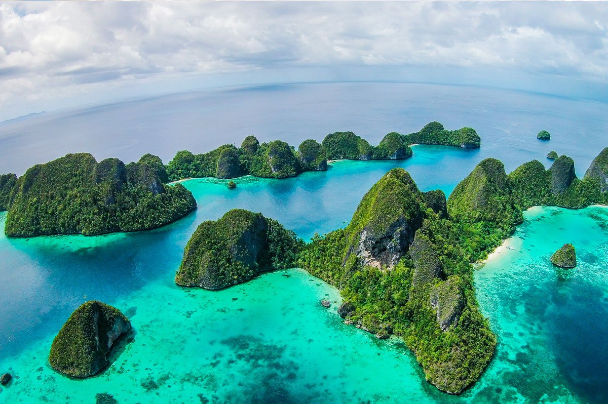 island panorama of the wayag islands raja ampat