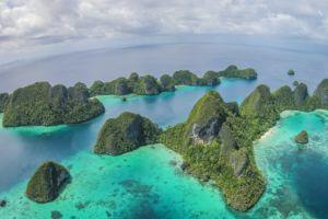 (English) island panorama of the wayag islands in raja ampat